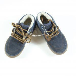 Chaussures fourrées neuves 24
