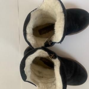 boots fourrées 28