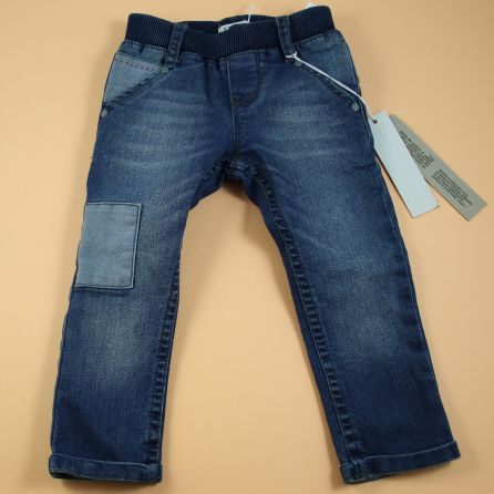 Pantalon neuf 12 mois